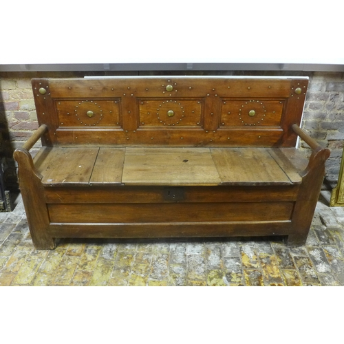 52 - An antique French elm settle with storage - 100cm H x 175cm x 51cm...