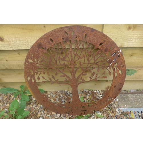 15 - A pierced steel decorative circular wall panel depicting the Tree of Life with snails, 58.5cm diamet...
