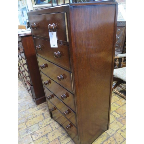 22 - A 20th century oak six drawer chest, 125cm tall x 61cm x 41cm, in polished restored condition