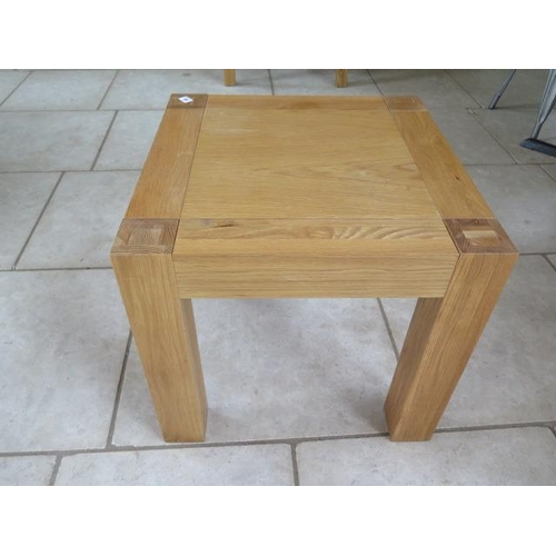 10 - A good quality oak side table in good condition, 60cm x 60cm...