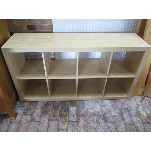 19 - A wood effect shelf unit, 79cm x 150cm x 39cm