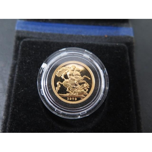 853 - A 1979 Elizabeth II gold full sovereign, boxed