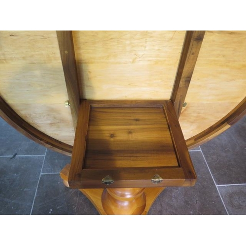 55 - A new 19th century style yew and oak inlaid maple circular tilt top breakfast table made by a Norfol...