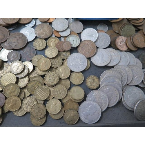 853 - A collection of assorted coins, mainly British