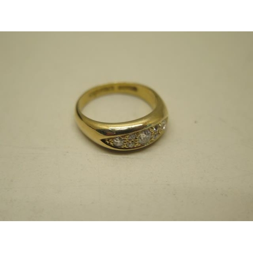 620 - A hallmarked 18ct yellow gold bombe style ladies ring, approx weight 7.8 grams, hallmarked Birmingha...
