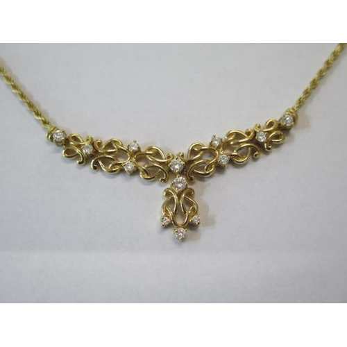 627 - A hallmarked 18ct yellow gold necklet, approx 16.2 grams, length approx 43cm, fitted with a lobster ...