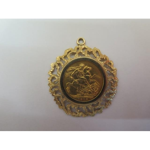 856 - A George V gold full sovereign dated 1913 in a hallmarked 9ct gold pendant mount, total weight appro...