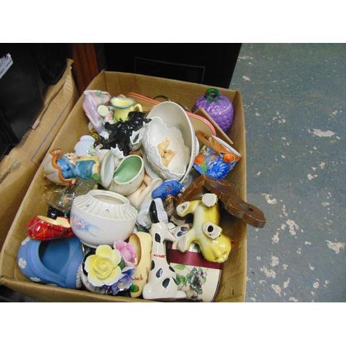 29 - Box of mixed pottery
