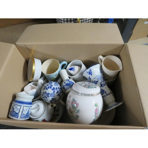 23 - Box of mixed pottery
