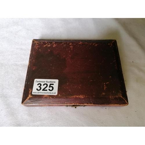 325 - Box of six silver teaspoons (Birmingham 1900)...
