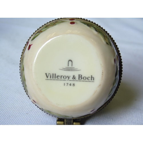 481 - 2 x villery and boch pieces...