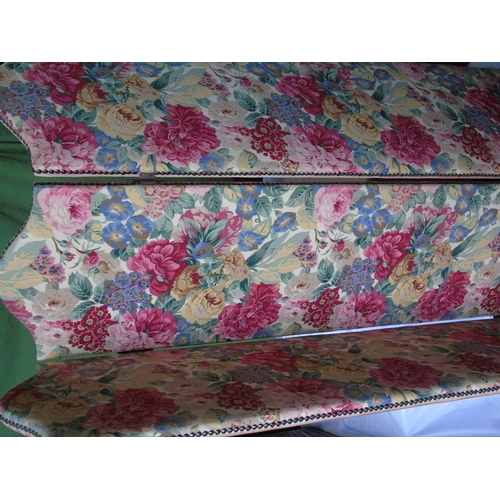 486 - A tri-fold screen with double sided fabric panels - stripe and floral. H152 panels 42cm wide...