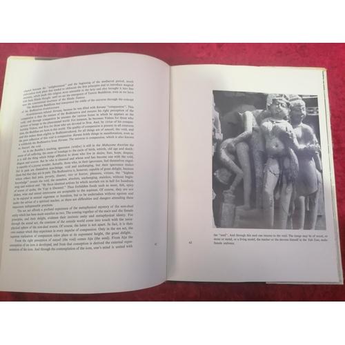 30 - Kama Kala. Hindu erotic sculpture book. For the collector.