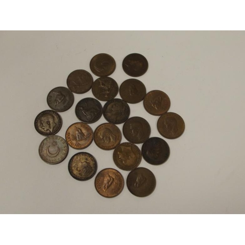29 - Collection of 19 Farthings - Victoria/George VI....