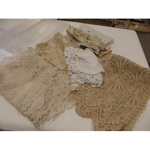 37 - Various lace trimmings, etc....