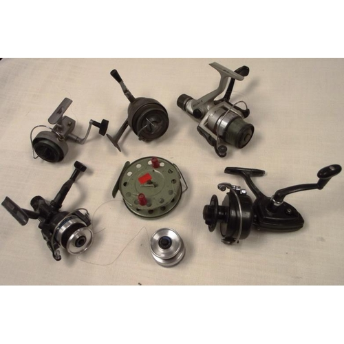 38 - Various spinning reels....