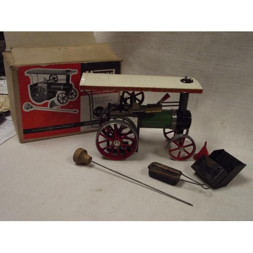 54 - Mamod T. E. 1a traction engine, in box....
