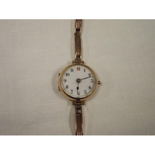 13a - Vintage 9 ct. gold cased ladies wristwatch....