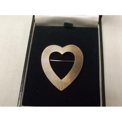 48 - 14 ct. Tiffany heart-shaped brooch....