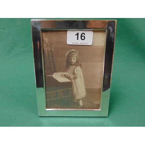 16 - Silver photograph frame, Birmingham 1915....