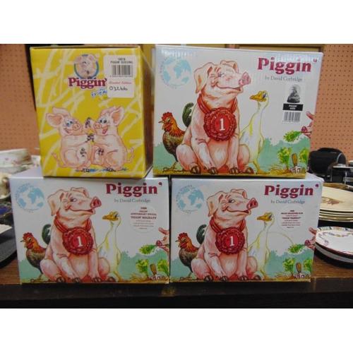 60 - Various boxed 'Piggin' ornaments....