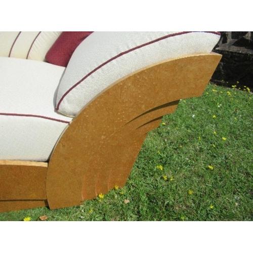25 - An Art Deco style chaise,