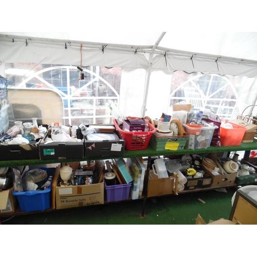 41 - LQ glassware, bric-a-brac, household goods etc...
