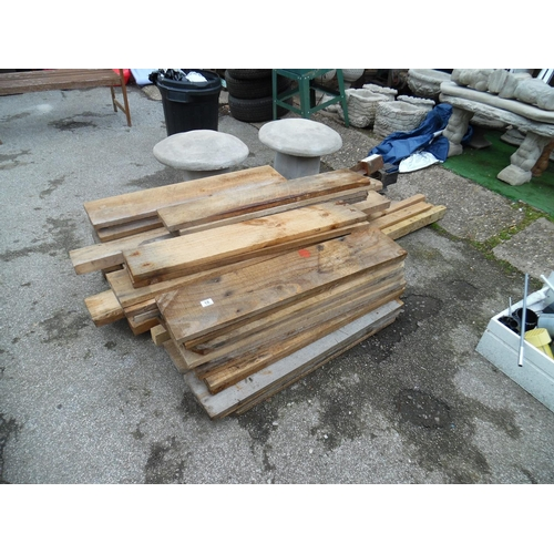 18 - LQ assorted timber...