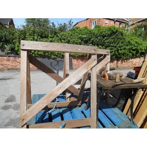 16 - Building trestles etc...