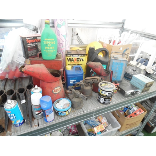 27 - Oil cans etc...