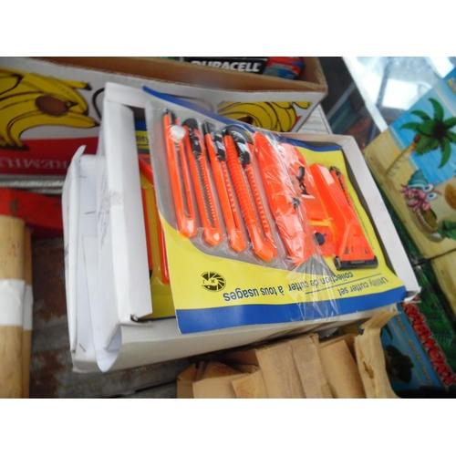 28 - Qty utility cutter sets...
