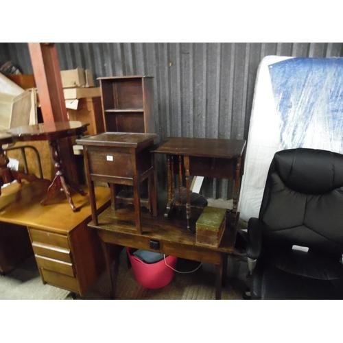 53 - Small bookcase, Edwardian drop leaf table etc...