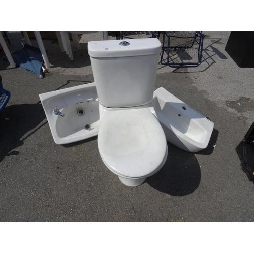20 - Toilet, sink & pedestal...