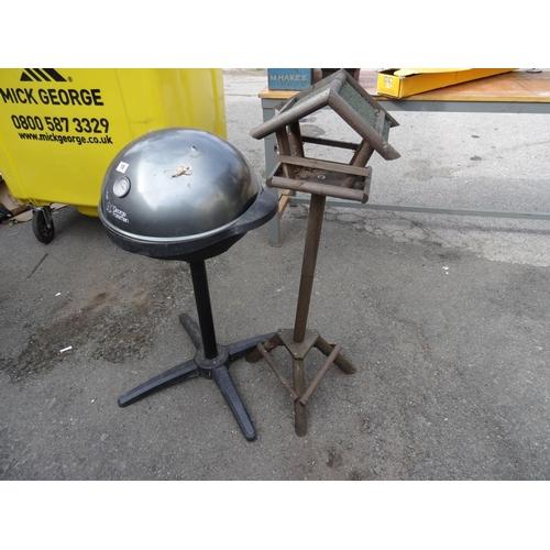 10 - George foreman BBQ & bird table...