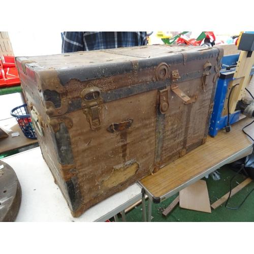 46 - Large vintage trunk...