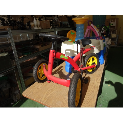 43 - Berg Triggy Kids Trike...
