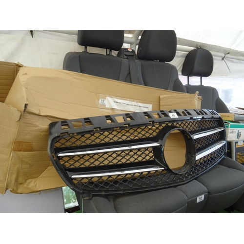 49 - Mercedes benz a class amg front grill 2014 W176...