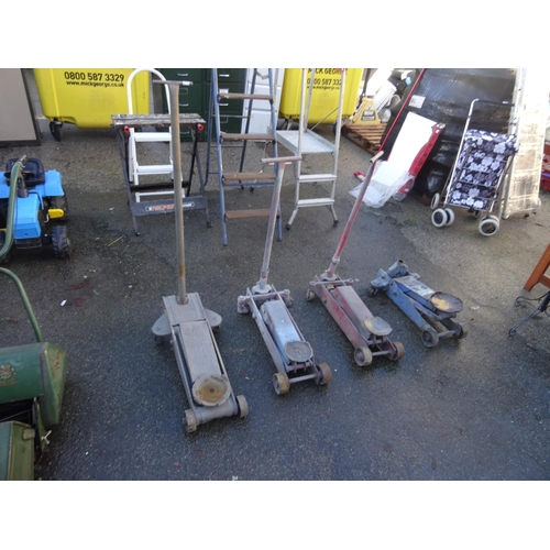 10 - 4 Lorry trolley jacks...