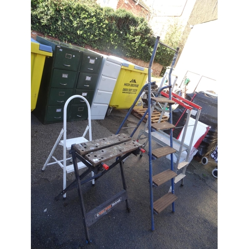 9 - Decorating platform ladder, step ladder etc...