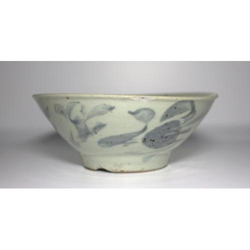 304 - Late Ming Chinese Export Shallow Bowl, Celadon Glaze With Underglaze Blue Decoration, Unglazed Centr...