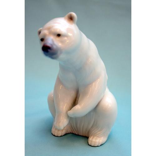 462 - Lladro Polar Bear Figurine, Resting Bear...