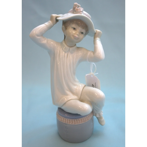 471 - Lladro Figurine, Girl With Hat...