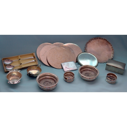 605 - Box Containing A Mixed Lot Of Silver Plated Ware & EPNS To Include Tray, Coasters, Hinged Box, Cigar...