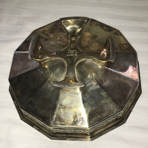 608 - Circa 1920s Art Deco Plated Bowl. Openwork sides & bold cross design feet to base. Marked GB&S to th...