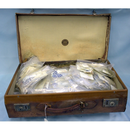 710 - Old Leather Suitcase Containing A Large Quantity Of Mixed Stamps In Cellophane Bags. Predominantly Q...