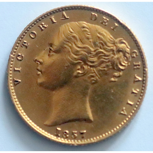 33 - 1857 Gold Sovereign. Victoria Young Head Shield Reverse, Engraver's Initials WW Incuse On Truncation...