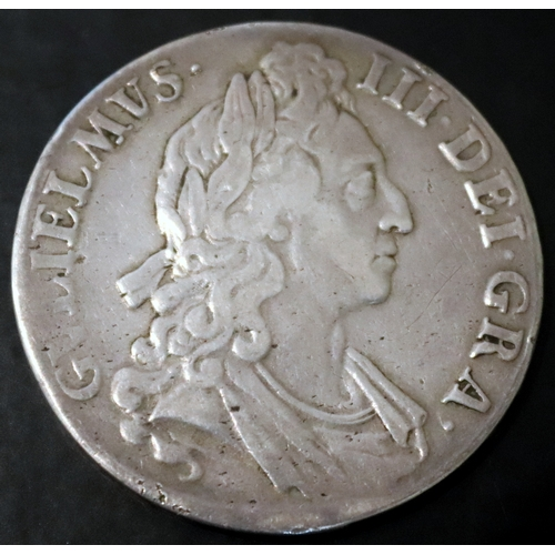 233 - 1695 William III Silver Crown...