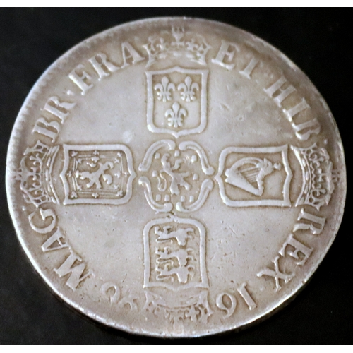 234 - 1696 William III Silver Crown...