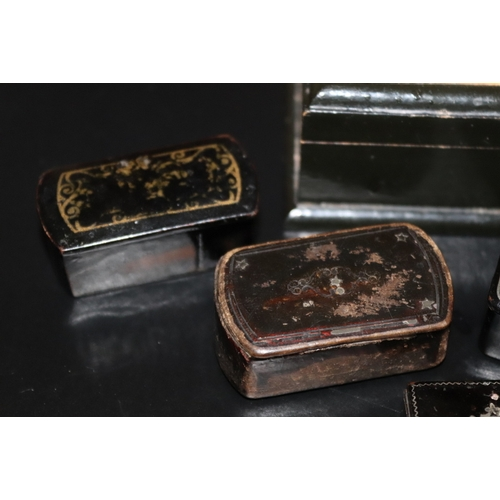 61 - Collection Of Hinged Snuff Boxes, To Include A Tortoise Shell Box With Silver Inlay And Four Papier ...