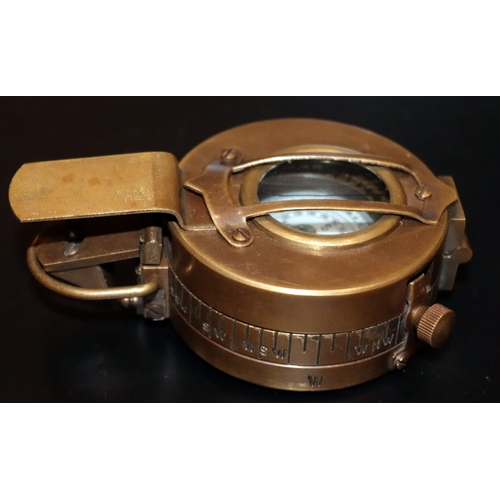 284 - Military Compass, T.G Co Ltd London NA266322 1940 MKIII, Arrow...